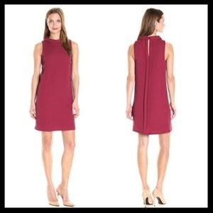 kensie // textured dot raspberry wine shift dress
